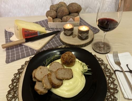 Dal nostro libro di ricette: Polpette di carne Chianina e Patate di Rotzo su fonduta di formaggio Asiago DOP